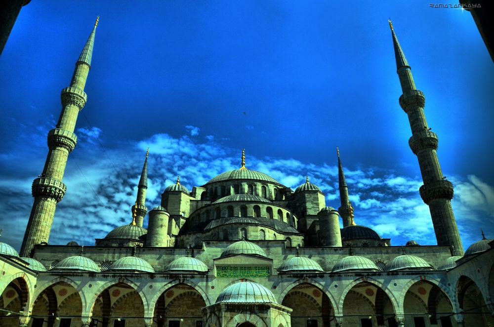 Camii in Istanbul... by Ramazan Kaya