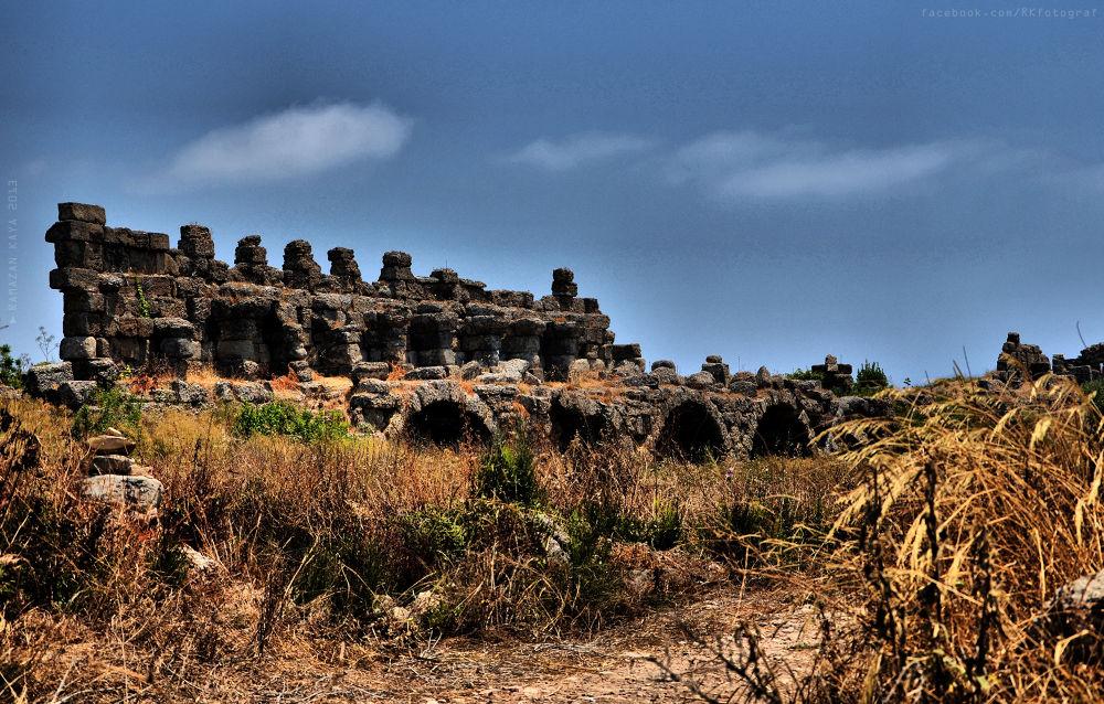 Side Antik Kenti by Ramazan Kaya
