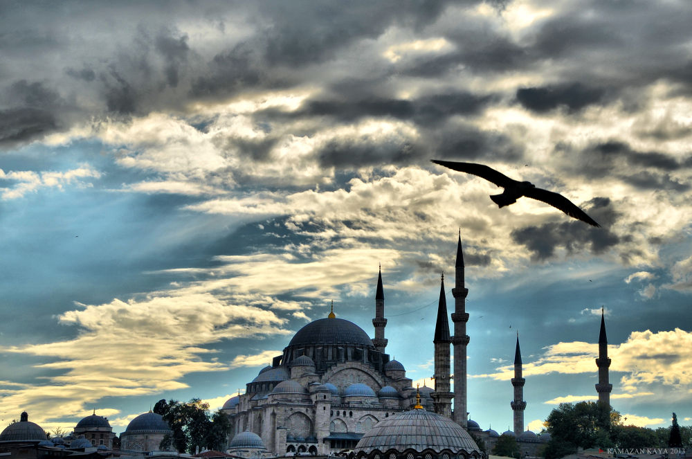What is good? - ISTANBUL ! by Ramazan Kaya