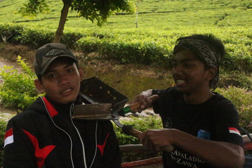 funny thing is my friend by idham zulkarnaen