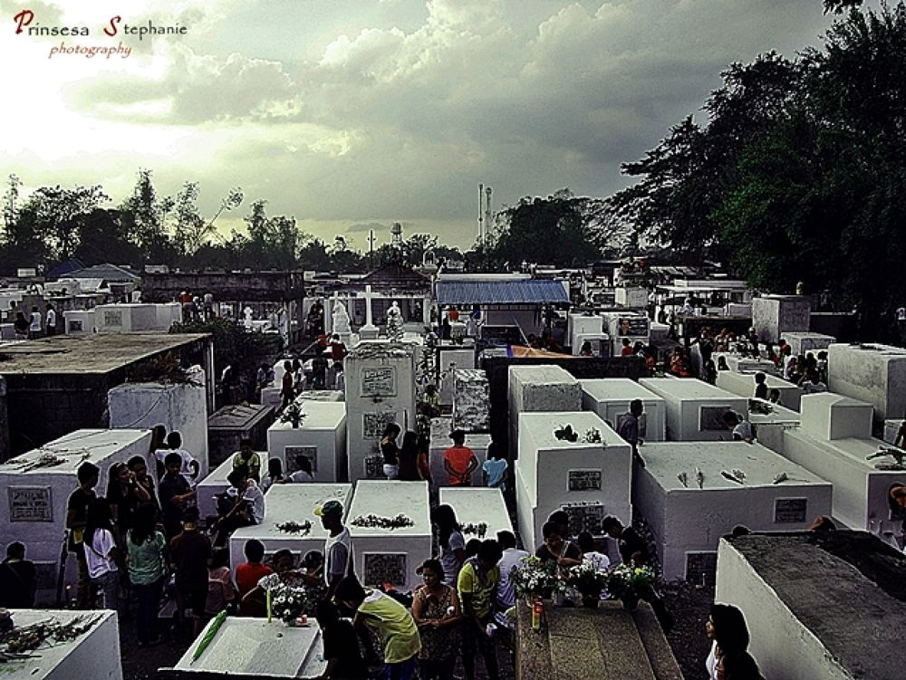 Hallowwen in Philippines? every halloween november 1. filipinos visit the people they love in cemete by My DigiCam Photography_Prinsesa Stephanie