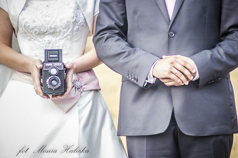 shot by monika halicka