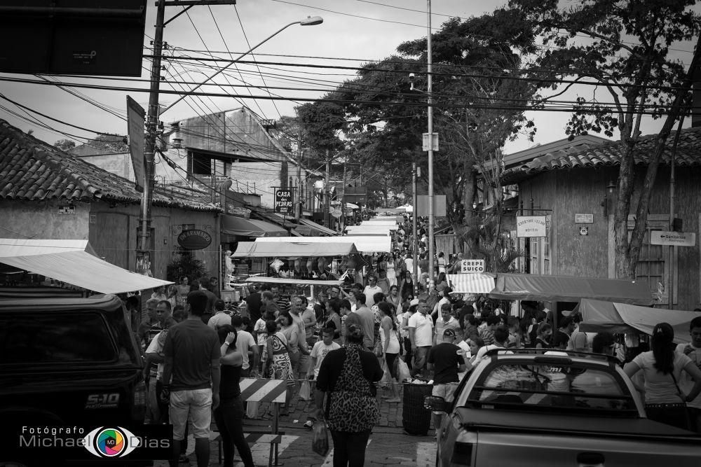 Feira by Michael Dias de Oliveira