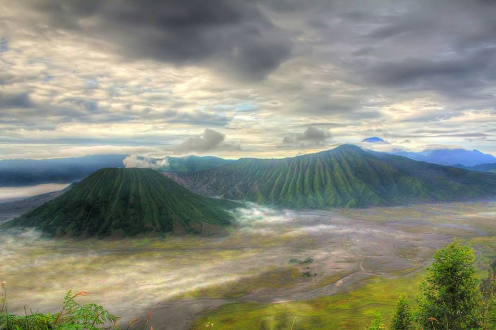 mountain by ashadinxndutz