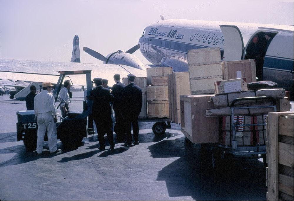 Embarquement sur Mehrabad Airport by aufrel