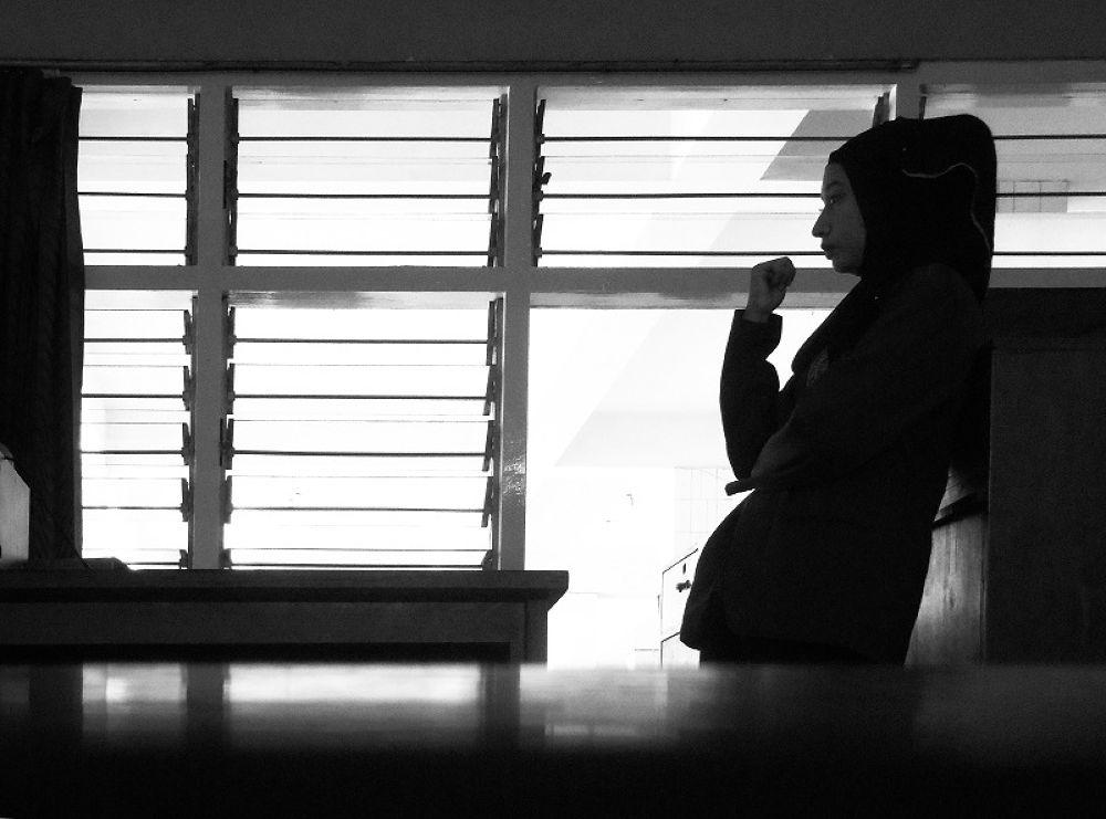 Waiting.. by CehaIR