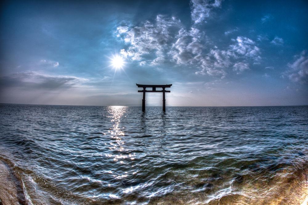 Shirahige Jinja shrine - 白鬚神社 by Shibazo