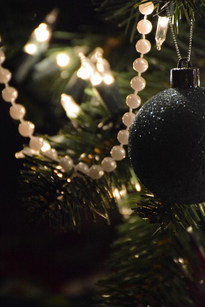 christmas by elisseanna