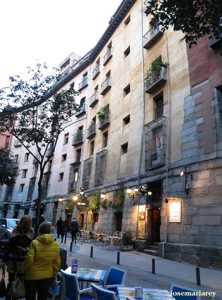 Fachadas inclinadas by josemariareymontes
