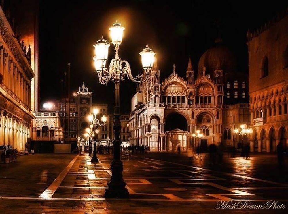 Piazza San Marco, Venice  by susanasilvia1