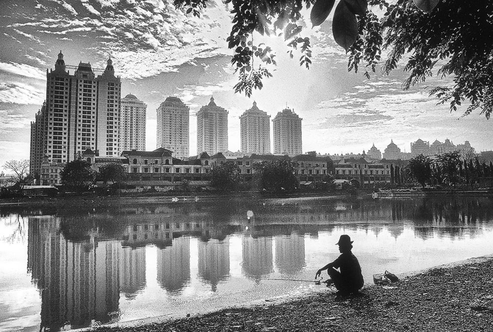 :: Fishing In The City Lake :: by nengerikaluwihan