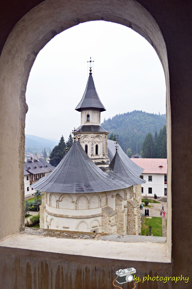 Putna monastery by mihaitaolarean