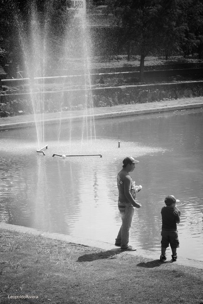 papa e hijo by Rivera Pastrana