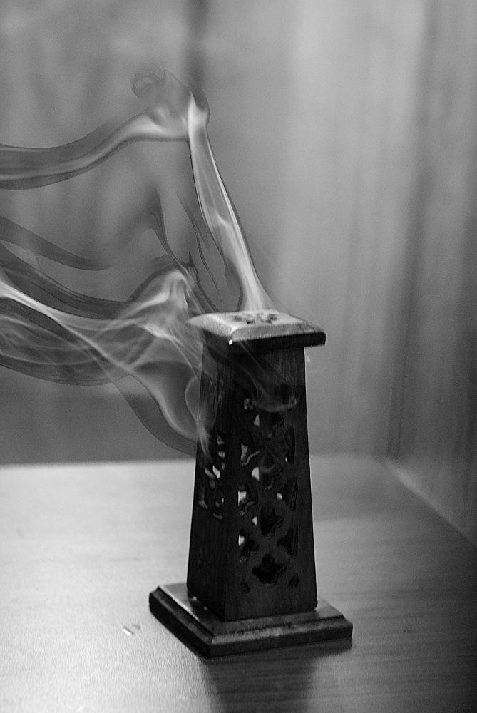 humo by Rivera Pastrana