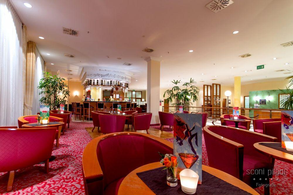 Piano Bar - Quality Hotel by Martin Schlichting