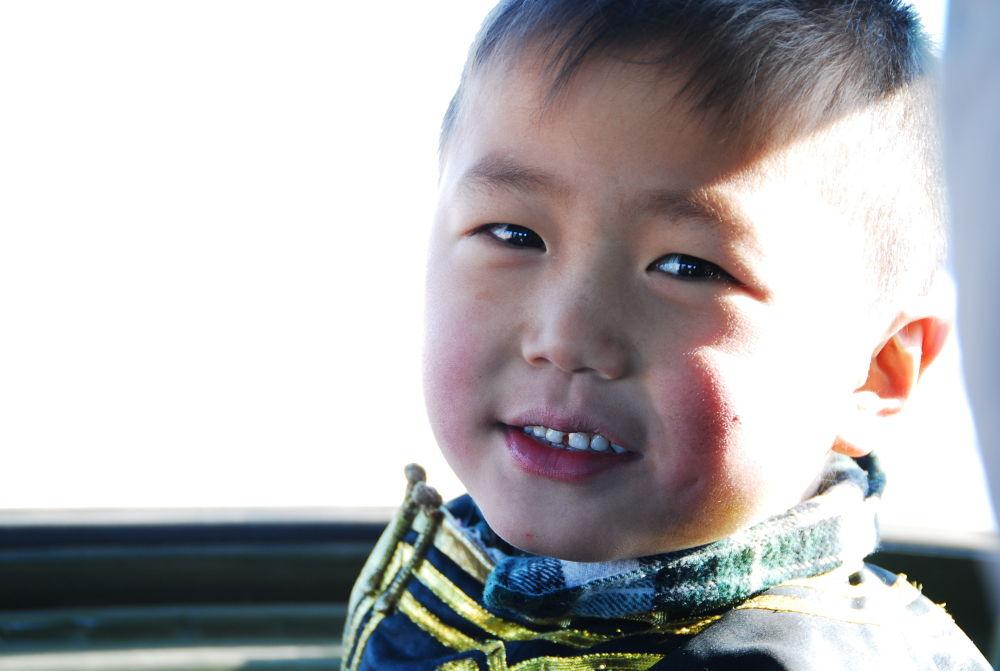 The Mongolian boy. by Eboseiko
