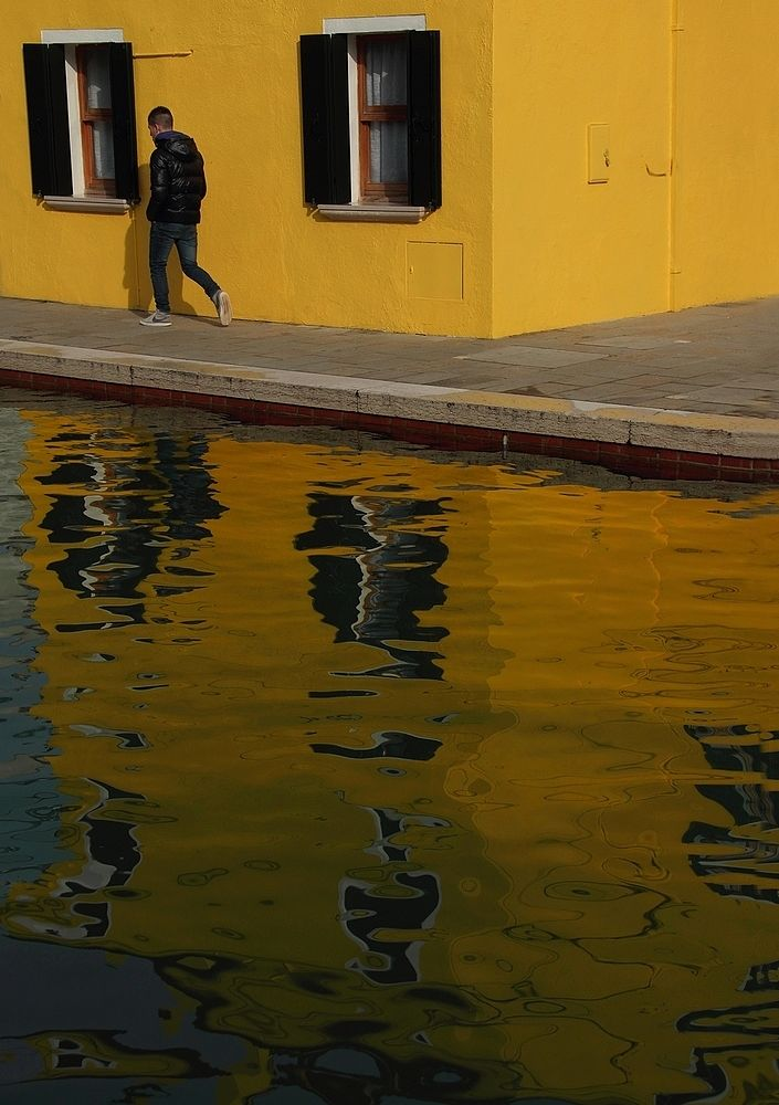 nel giallo by giovannitisocco