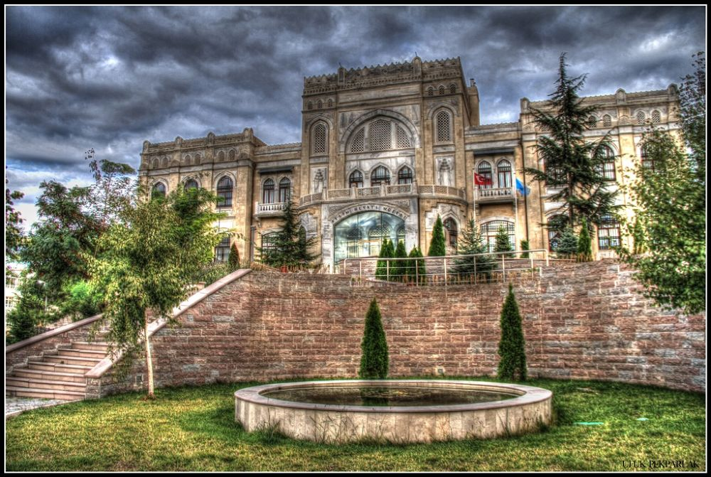 Art and Sculpture Museum by ufukpekparlak