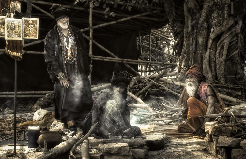 Worshipers of God by Subhojit Mukherjee