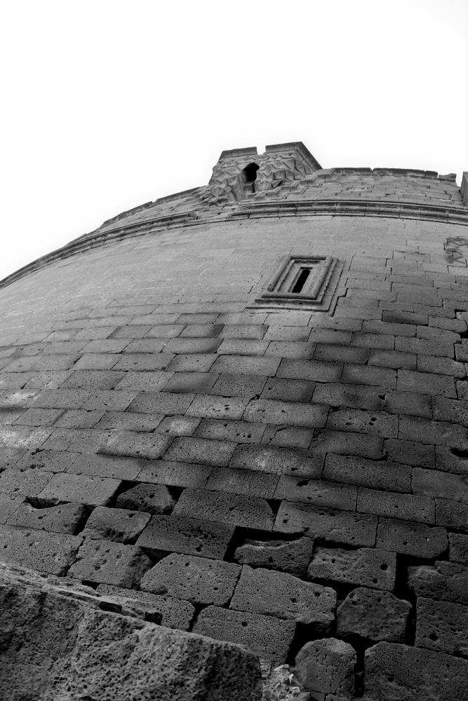 Old Castle Wall by saadkurdish