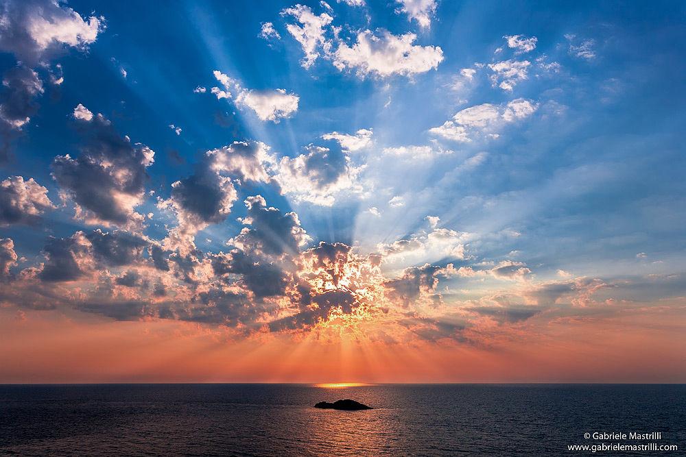 Mediterranean sunset by gabrielewild54