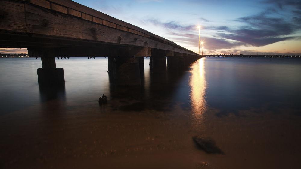 Swan River - Como Pier by Michelle Foong