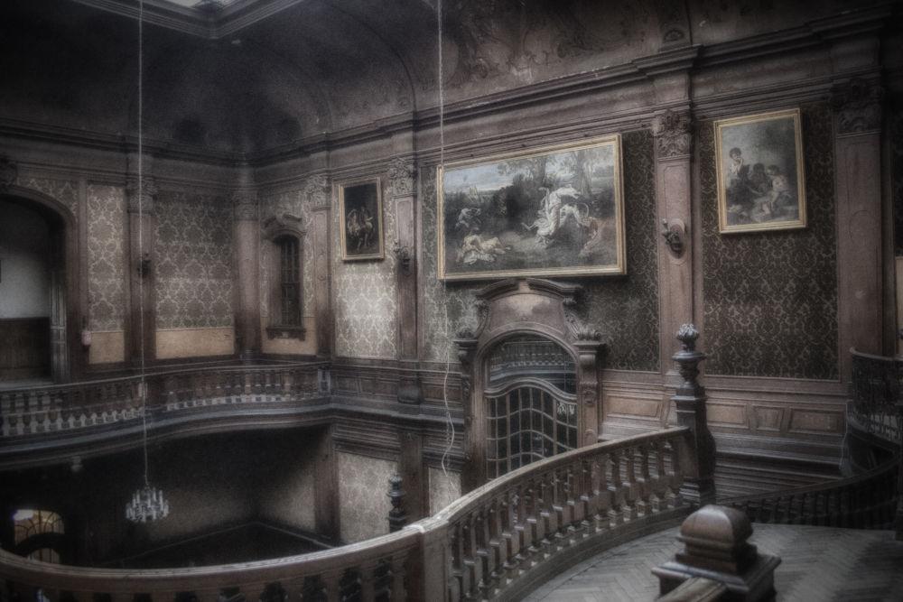 Goetz Palace by TomPiotrowski