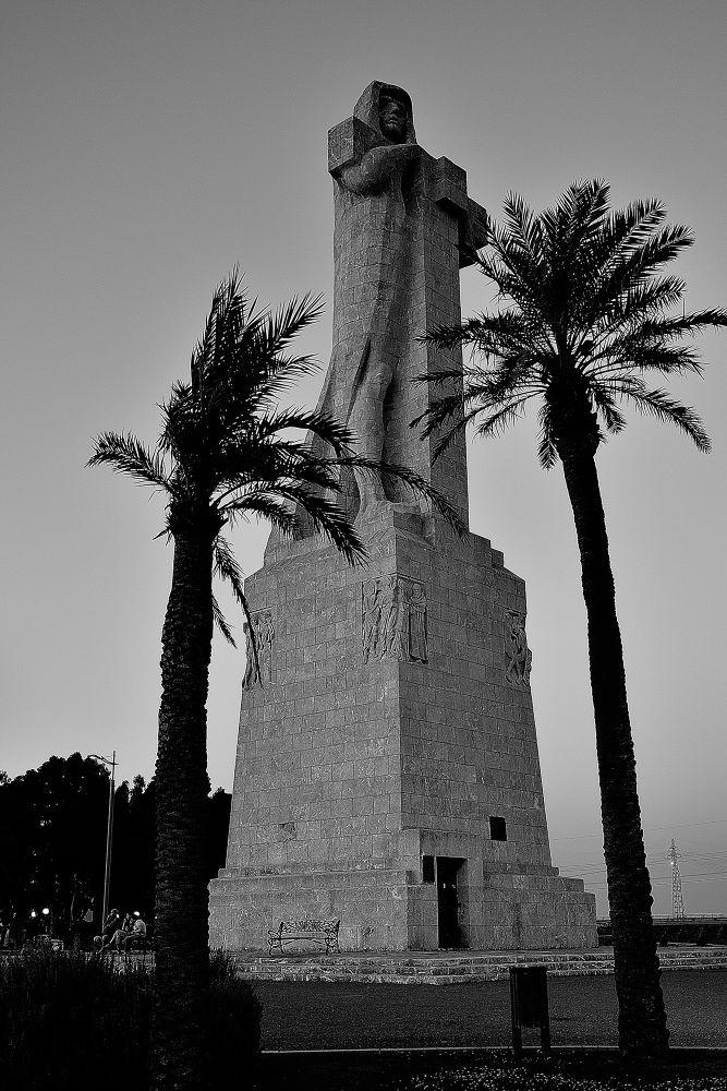 Monumento a la Fe descubridora by nandserrano
