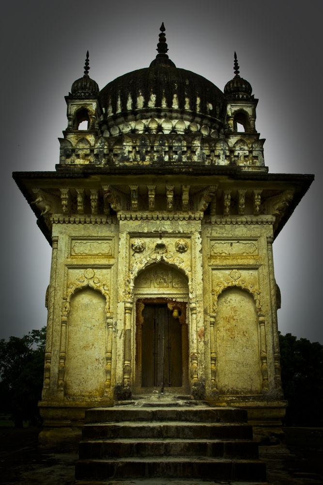 portrait of a temple by kabirghafari9