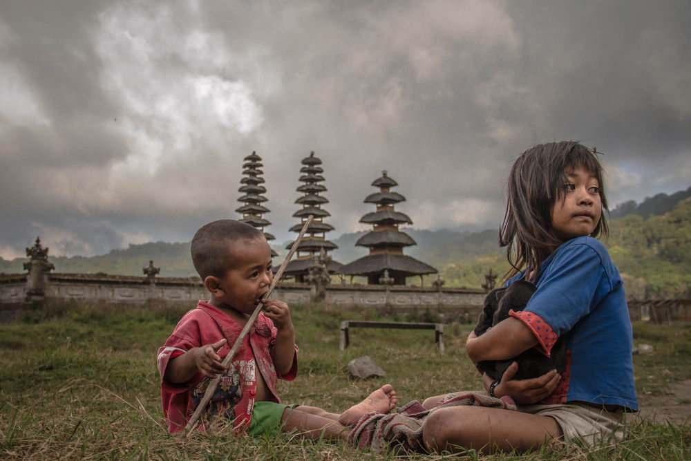 :::  Bali Kids  Playing  out side  Temple  ::: by Dean Bali Photography
