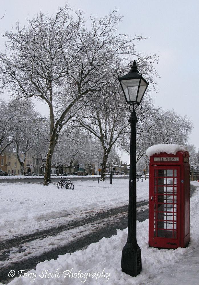 Snowy St Giles,Oxford,UK by Tony Steele