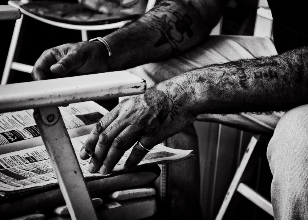 tattooed hands by marcelzeiss5