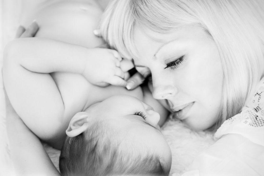 Mum and the kid by Anirig Natalia