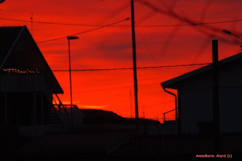 Sunrise a few days ago by annemariealard