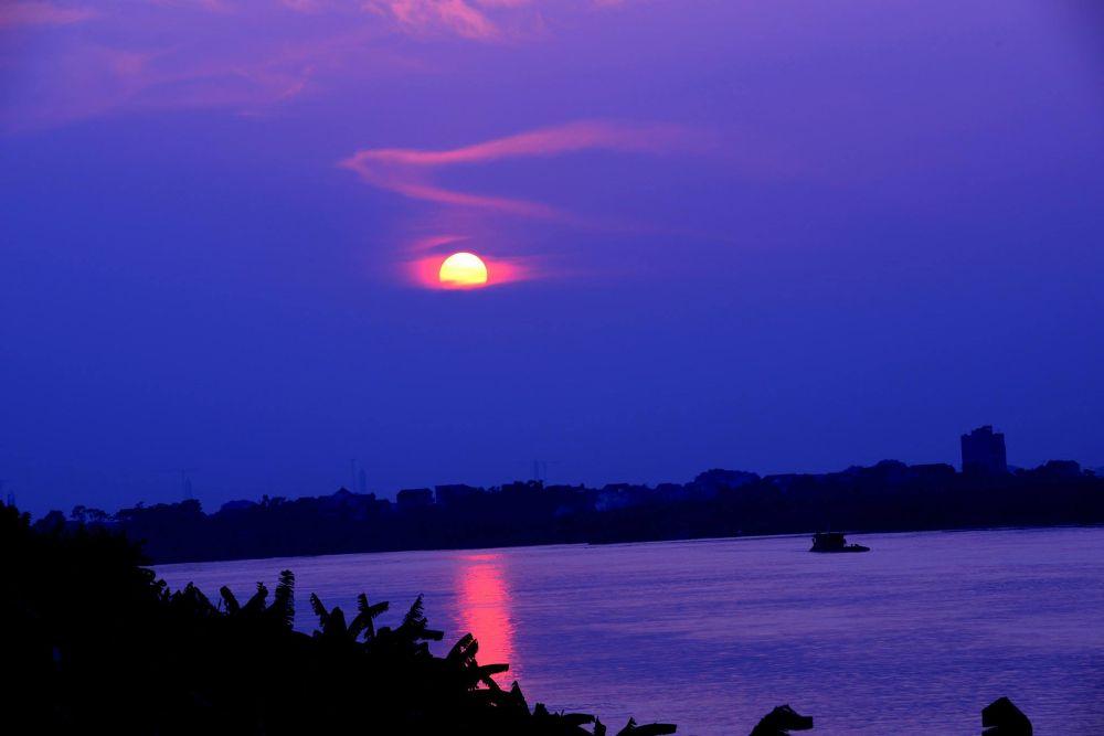 hoàng hôn trên sông Đuống -sunset on the Duong River by tuanminhtuan