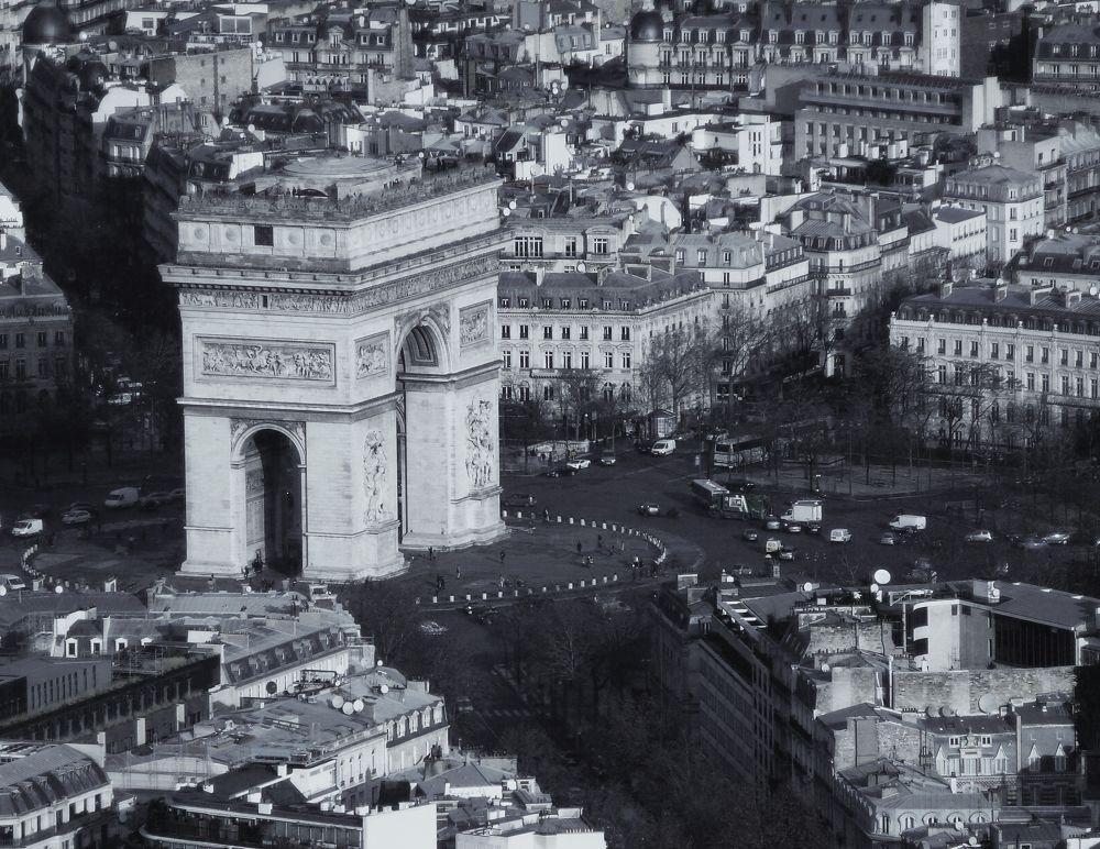 Paris by IS3ivan