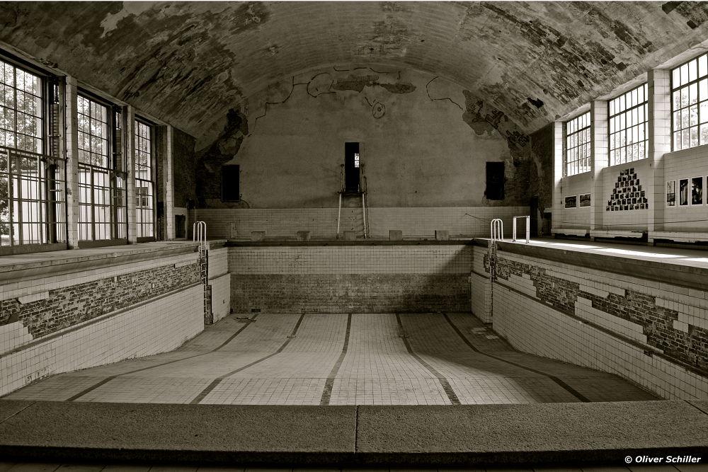 Champions Pool by OliverSchillerFotografie
