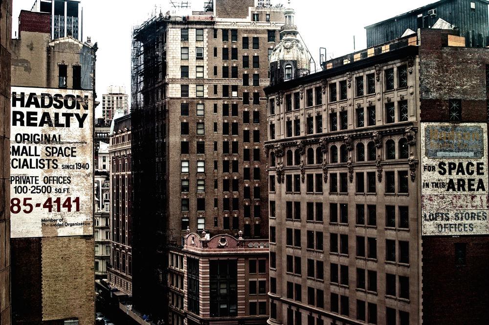 NY View  by eidrian