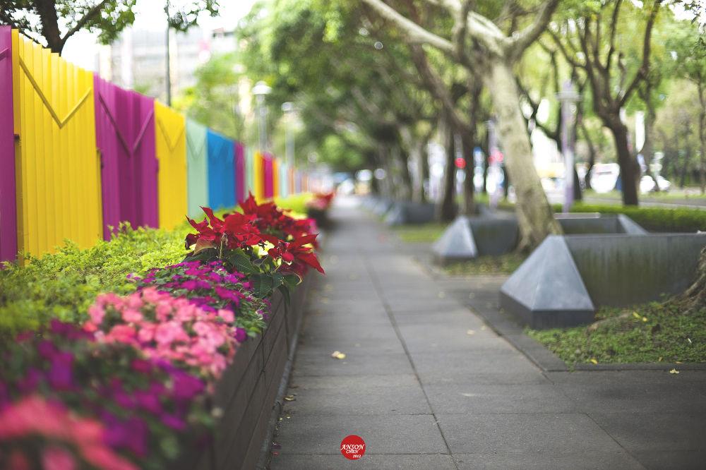 X'mas Street,. by iAnson