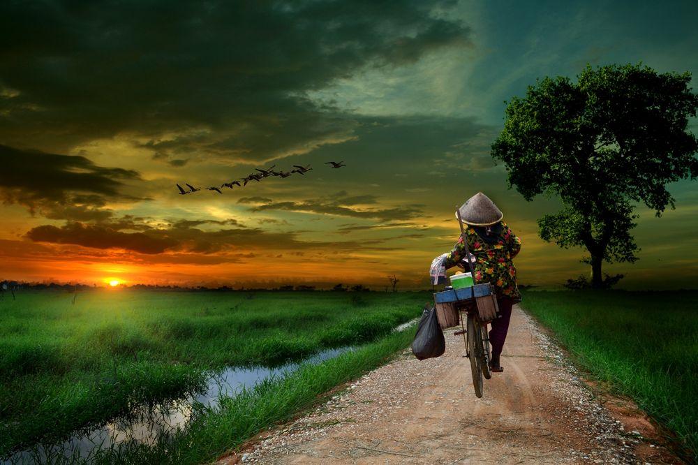 Penjual Jamu by Cucu Fetta Fuang