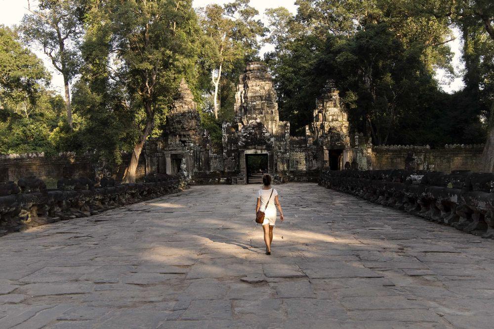 Walking around in Angkor Wat aria by Faroe Islands Hiking