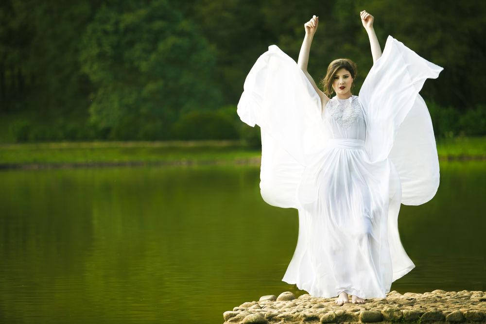 angel by juniorluz