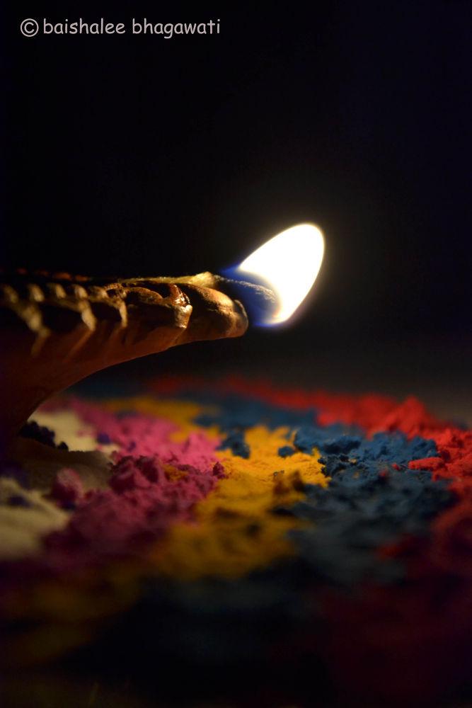 Lighting the way.. by BaishaleeBhagawati