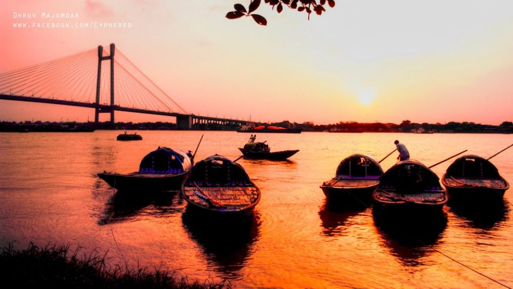 Boats on the Ganges.. An evening Shot by DhruvPhotography