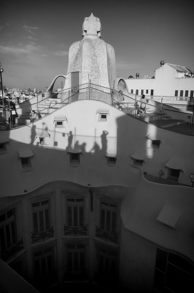 people on the roof by giannousisVasilios