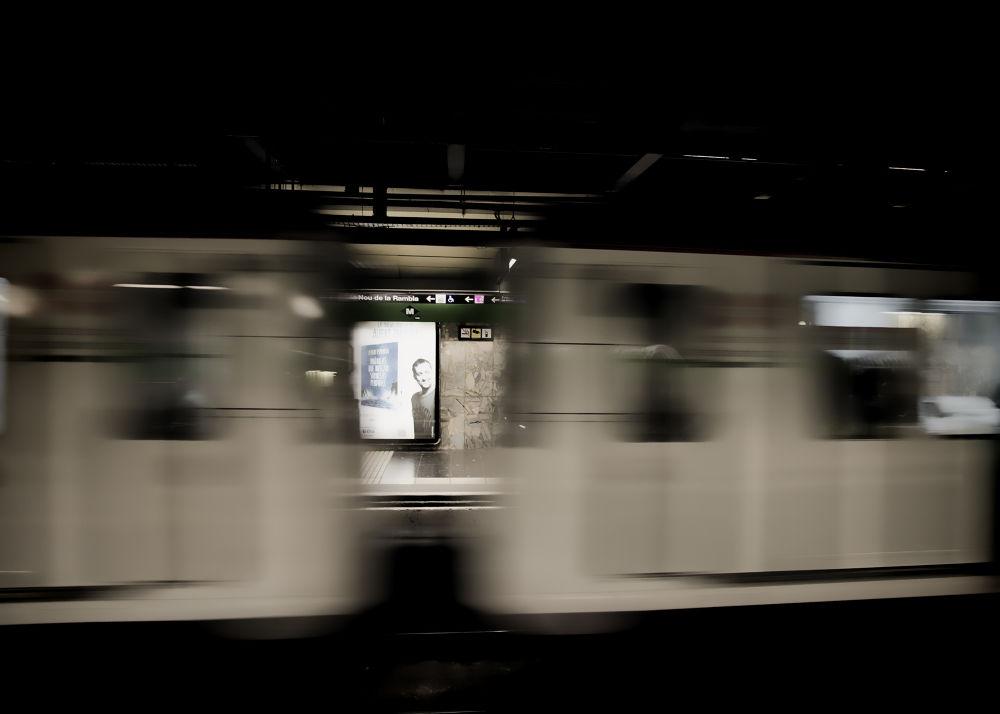 metro by giannousisVasilios