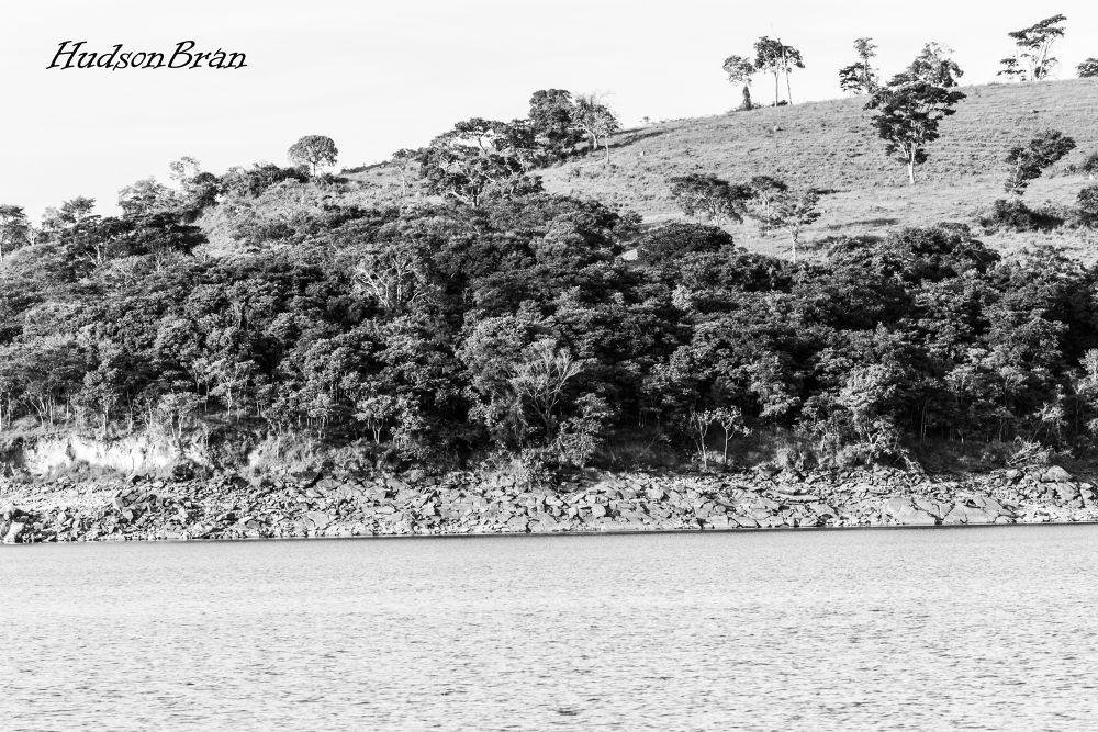 furnas's dam by Hudson Bran