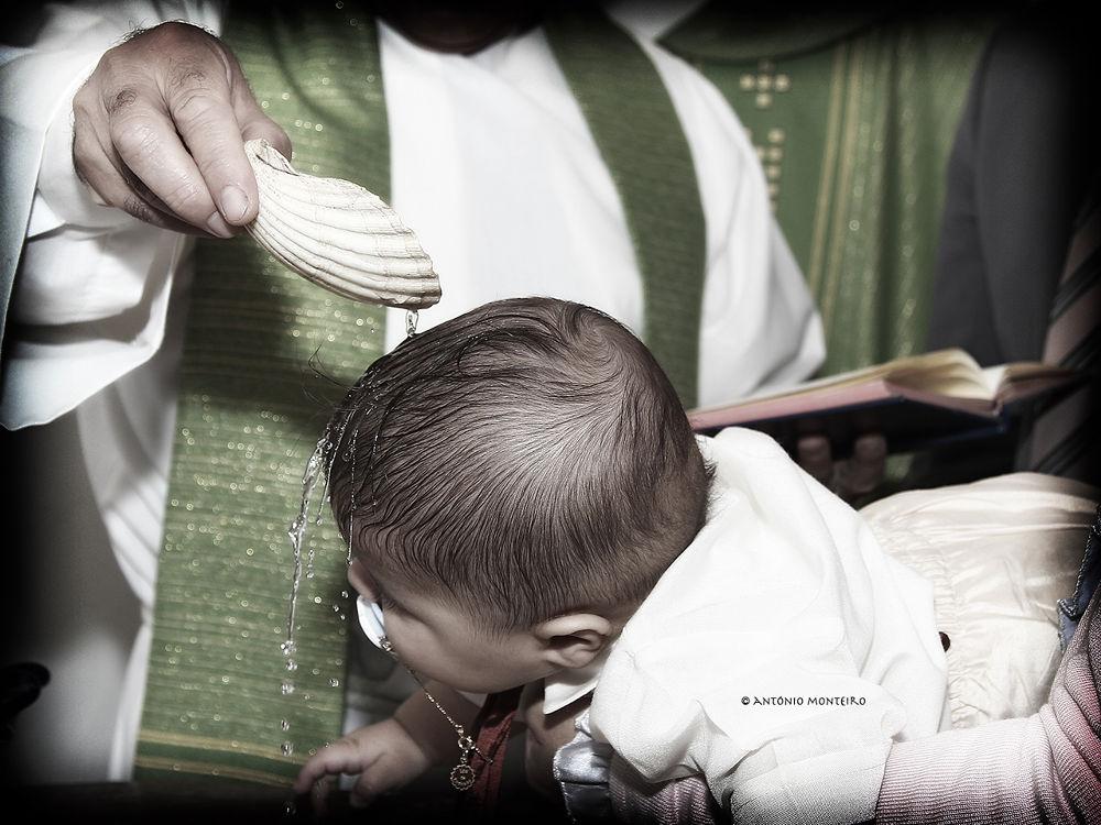 Baptism by António Monteiro