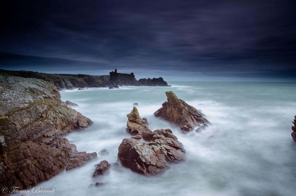 Le vieux château by TitouanB