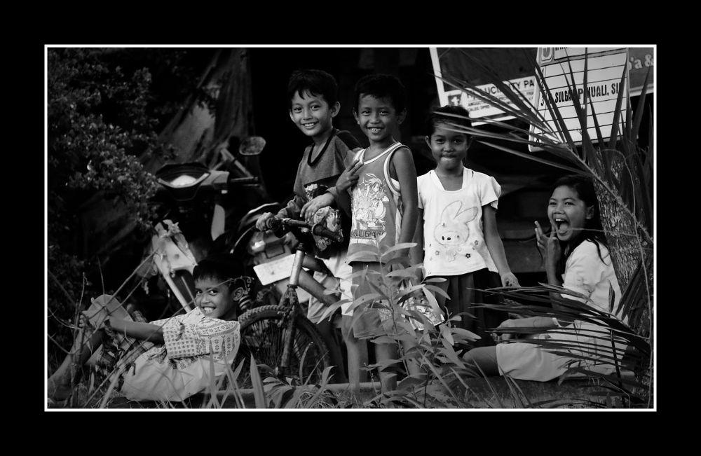 Happy Kids by Kenny Sudharto